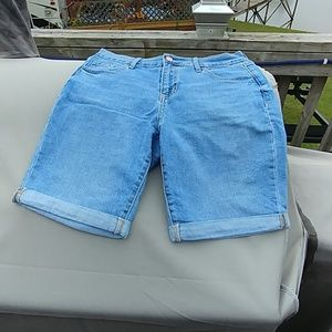 New old navy cuff Jean short's